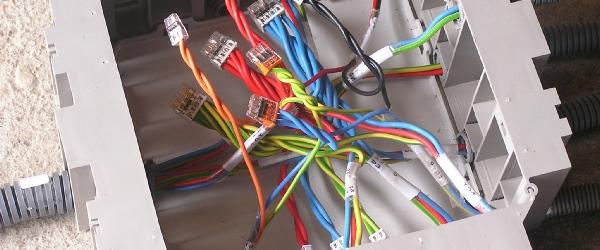 Le kit lectrique pour faire soi m me son installation lectrique - Comment faire un installation electrique ...